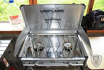 UNIFLAME 瓦斯雙口爐 (ツインバーナー US-1900)