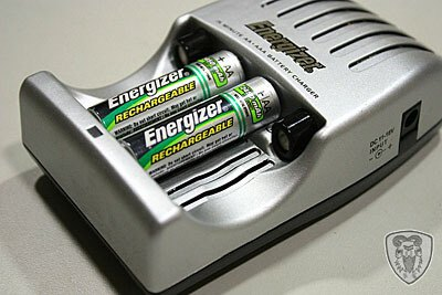 Energizer 勁量 CH15MN 快速充電器 (含鎳氫充電電池分享)