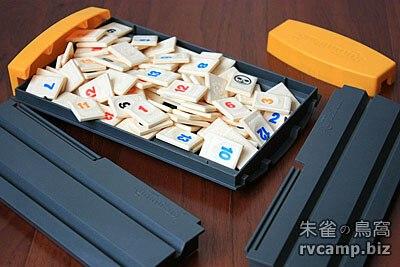 Rummikub 拉密數字牌桌上遊戲 (旅行版)